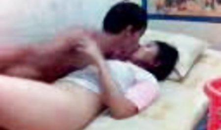Sayang sek indo 3gp seksi Naudia Nyce mendapat penis besar di anal